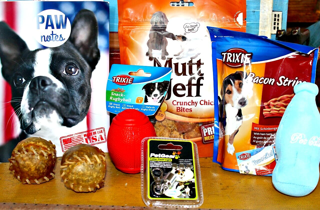 Pawsome box contents